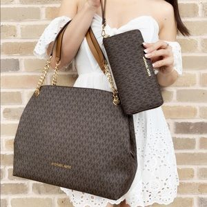 Michael kors large chain tote+ continental wallet